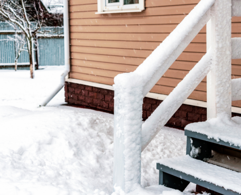 Snoe Covered Porch